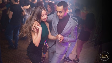 Free Bachata Mini Course - Introduction To Bachata Dancing